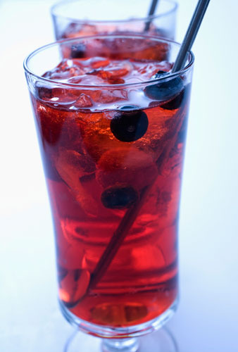 Pomegranate Blueberry Iced Tea